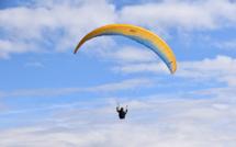 Seine-Maritime : un parapentiste fait une chute de 10 m au niveau des falaises d'Octeville-sur-Mer