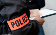 Un homme de 73 ans découvert inconscient dans sa voiture une balle dans la tête, près de Rouen