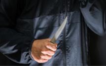 Rouen : un homme ivre menace les passants dans la rue puis les policiers avec un couteau