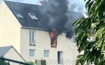 Deux appartements détruits par un incendie à Harfleur, près du Havre : un homme gravement brûlé sur tout le corps