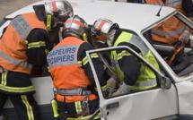 Piégée dans sa voiture sur le toit à Sotteville-lès-Rouen : la conductrice est légèrement blessée