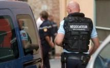 Le forcené de Tourville-la-Campagne aurait pu tuer un gendarme ou un pompier avant d'être capturé