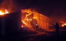 Une femme sapeur-pompier soupçonnée d'avoir tenté d'incendier deux conteneurs