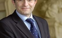 """Michel Champredon, maire sortant d'Evreux, dévoile sa liste """"Chaque jour, Evreux au coeur"""""""