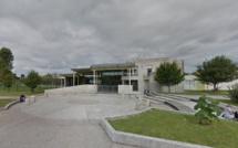 Les 1700 élèves et enseignants du lycée de Fécamp évacués en raison d'une odeur suspecte