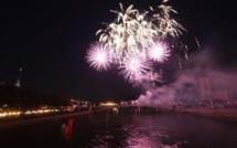 A Rouen, le feu d'artifice du 14 juillet fait la part belle à l'eau