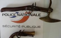 Rouen : interpellé en possession de deux armes anciennes dans sa voiture