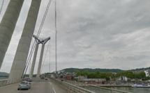 Rouen : elle tente de se jeter du pont Flaubert puis sous un poids-lourd