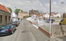 Rouen : des voleurs à la roulotte mettent le feu à une Peugeot 106 sous les yeux des policiers