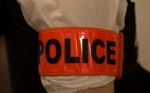 Yvelines : trois faux policiers menottent leur victime et la séquestrent à Maurepas