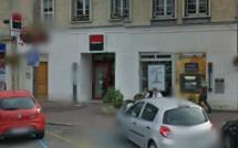 Tentative d'arrachage d'un distributeur de billets à la Société Générale des Andelys