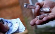 Rouen. Il avale une barrette de résine de cannabis devant les policiers qui le contrôlaient