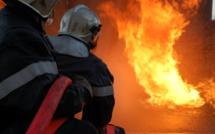 Rambouillet : il frappe deux sapeurs-pompiers venus éteindre un début d'incendie chez lui