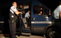 Beuzeville : il frappe son ex-compagne et menace de tuer les gendarmes
