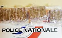 Petit-Quevilly : 2 kg de résine de cannabis découverts dans la voiture du fuyard