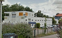 Arrêtés pour avoir roué de coups le réceptionniste d'un hôtel près de Rouen