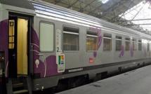 Pour un regard de travers, elle frappe deux voyageuses dans le train Paris - Rouen