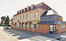 Neufchâtel-en-Bray : le distributeur de billets de la Poste attaqué à la voiture-bélier cette nuit