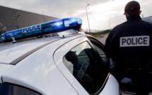 Achères : un adolescent arrêté après une tentative de vol avec violences