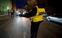 Les Mureaux : un jeune conducteur sans permis manque de renverser des policiers