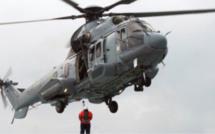 Baie de Seine : un marin inconscient évacué par l'hélicoptère de la marine