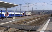 Yvelines : une jeune fille couchée sur la voie ferrée sauvée de justesse à Maisons-Laffitte