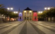 Remous au club de boxe des Mureaux : séance d'entrainement symbolique devant la mairie