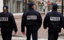 Manifestations annulées et drapeaux en berne aux Mureaux (Yvelines)
