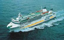 """Normandie. Trois passagers clandestins découverts à bord du """"Barfleur"""" : le ferry fait demi-tour"""