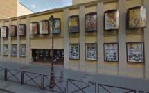 Versailles : deux employés d'un cinéma roués de coups par une dizaine de spectateurs