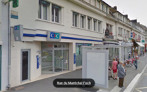 A Louviers, le braqueur menace de faire sauter la banque : cerné, il se rend à la police
