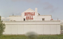 Braquage au couteau chez Buffalo Grill à Bois-Guillaume : le malfaiteur repart avec 500€