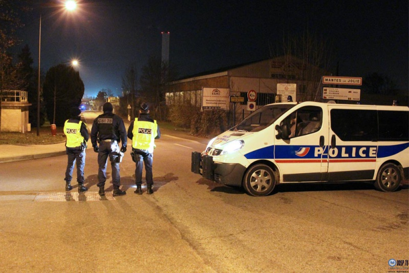 Déminage d'une bombe de 500 kg à Mantes-la-Jolie